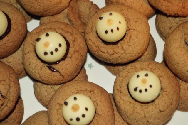 Day 8: Snowmen TruffleGingersnaps
